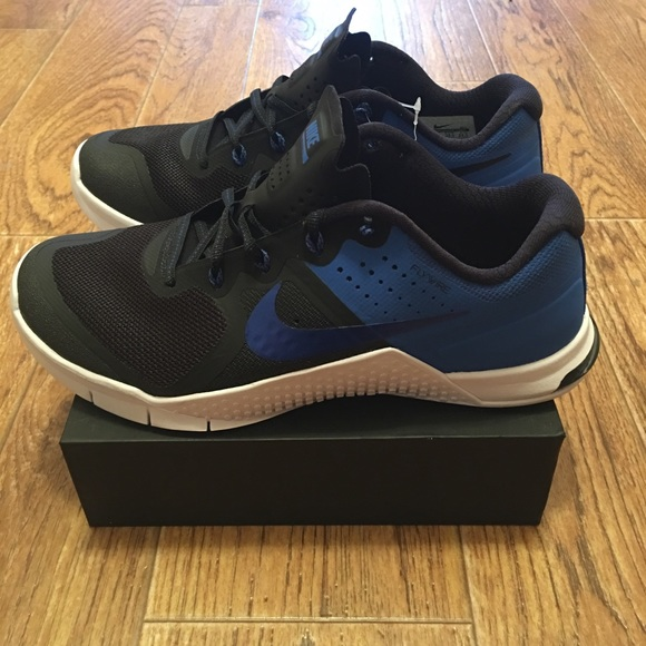 separation shoes 26122 841b3 Nike Metcon 2 Amp X Womens CrossFit Shoes. M5a5408fdf9e5019edb0289fb